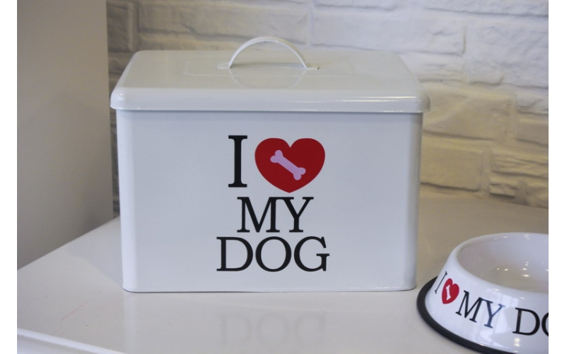 Dog food box